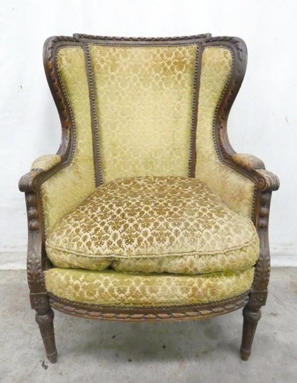 A 7022 Fauteuil Louis XVI 1900 1 250 € Furniture Eurotroc