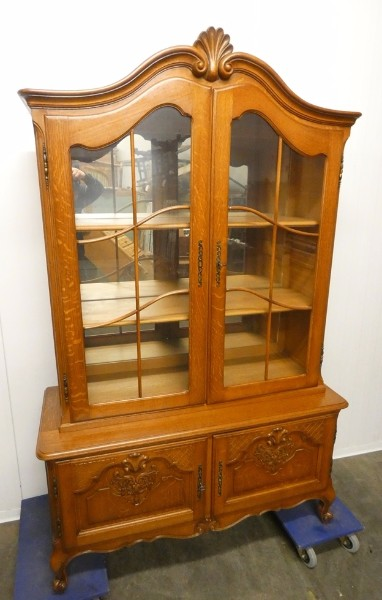 A 7126 - vitrine Louis XV oak - 1 - 250 € - Furniture - Eurotroc